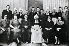 WAT120000938 Gezin. (E462E).Het gezin van Jan Runderkamp uit zijn beide huwelijken met Ciska Kuntz en Neeltje Zwarthoed ...