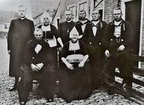 WAT120001102 Gezin. (E570E).Laurens Stroek (Russie)(lau van de Rus), visser, geboren op 11-02-1859 te Volendam, ...