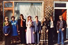WAT120001190 Gezin. (E275E).Vlnr.: Kees Tuijp, moeder Neel Koning, schoonzoon Jan Kwakman (Jan Pok), Lia Tuijp, vader ...