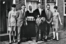WAT120001242 NO NAME/Fotoverz. 2015 G 4 gezinnen op naam van de man naar het archief 23092012/Veerman. Jacob (Bommie) ...