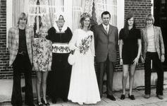 WAT120001281 NO NAME/Fotoverz. 2015 G 4 gezinnen op naam van de man naar het archief 23092012/Visscher. Cornelis ...