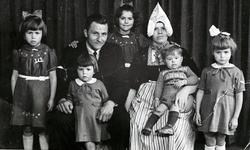 WAT120001282 NO NAME/Fotoverz. 2015 G 4 gezinnen op naam van de man naar het archief 23092012/Visscher. Jan (vd Fumpel) ...