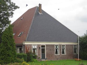 WAT120003325 Stolpboerderij de '' Uilenhoek'' '' aan de Westerweg nummer 69.