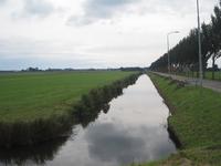 WAT120003328 Purmer met in de verte Monnickendam. Rechts zien we de Edammerweg.
