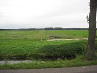 WAT120003500 Weiland tegenover de stolpboerderij aan de Oosterweg nummer M 12.