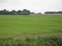 WAT120003624 Foto gemaakt vanaf de Edammerweg, links zien we de stolpboerderij '' Kalversprong'' aan de Purmerdijk nummer 15.