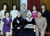 WAT120001042 Gezin. (E294E).Harmen Silven, visser, geboren op 23-12-1897 te Volendam, overleden op 02-11-1972 te ...