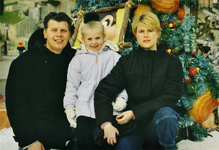 WAT120001273 NO NAME/Fotoverz. 2015 G 4 gezinnen op naam van de man naar het archief 23092012/Veerman. Ron (Som) ...