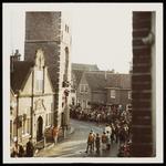 WAT050001249 Aankomst Sinterklaas. Uitzending van de ontvangst (door Mies Bouman) op de Nederlandse en Belgische tv. ...