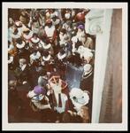 WAT050001251 Aankomst Sinterklaas. Uitzending van de ontvangst (door Mies Bouman) op de Nederlandse en Belgische tv. ...