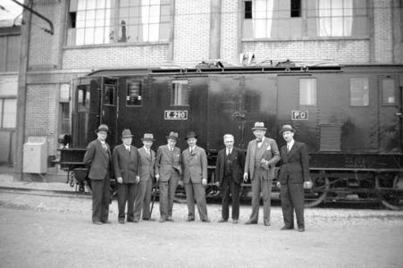 25965 FDHEEMAFF 307 Bezoek van de heer Keus aan de werkplaatsen van de Chemin de Fer PO Midi in Parijs. Opname van de ...