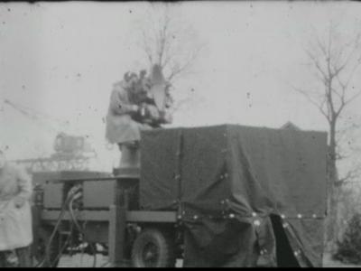 1003 BB06794 Privéfilm van de familie Staal, met beelden van dhr. Staal in België ivm. een radar., 1950-00-00