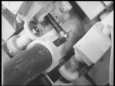 1024 BB06815 Een bedrijfsfilm van Wavin, producent van kunststof leidingsystemen, rondom de activiteiten in Ierland, ...
