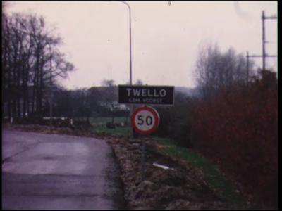 10536 BB02255 Reportage over de beurs t.g.v. het 50-jarig bestaan van de agrarische school A.N. Zwiersschool te Twello, ...