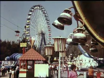 10550 BB02269 Reclamefilmpje met beelden van de kermis in het Ponypark Slagharen.