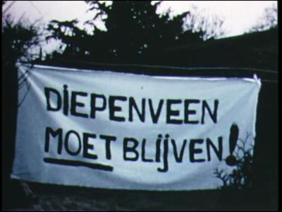 10596 BB00100 Reportage over de protestacties van Diepenveners tegen de opheffing van de gemeente Diepenveen en de ...