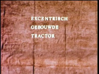 1072 BB08150 Een bedrijfsfilm rond mechanisch wegenonderhoud, met beelden van een tractor met maaier en de tekst ...
