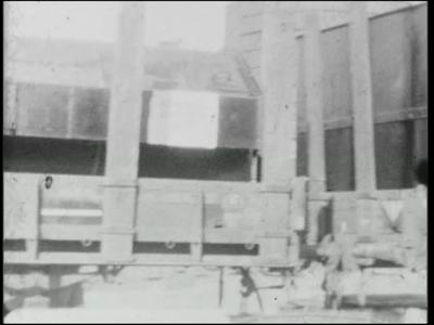 11351 BB01246 Een film rondom de bouw van het Twentsch Centraal Station te Hengelo, met beelden van verschillende ...