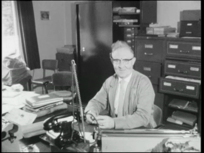 11477 BB01797 Samenvatting:Adolfsfilm over het dorp Rijssen in 1965. Beelden van het alledaagse leven. Op het ...