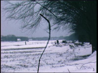12161 BB02435 Reportage over de langlaufwedstrijden op de Holterberg in de winter 1978/1979.Na enkele opnames van de ...