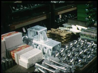 12795 BB02493 Een film rond de activiteiten van Holec, ontwikkelaar, producent en leverancier van midden- en ...