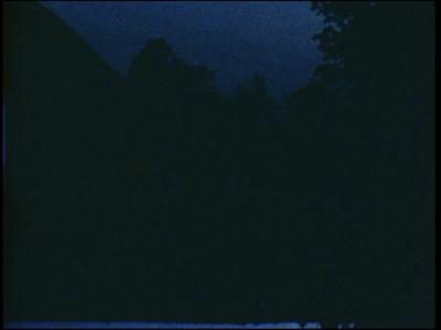 13100 BB01977 Een familiefilm rond de familie Baan, met o.a. beelden uit '76 van een zonsopgang in Wierden, uit '78 de ...