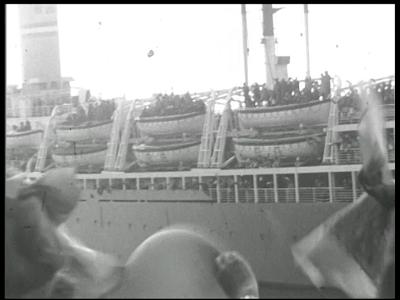 13102 BB01979 Een familiefilm rond de familie Baan, met beelden van o.a. het huwlijk van Albert, de afbraak van een ...