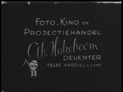 13134 BB02539 Samenvatting: Compilatie van reportages over voedseldroppings, de bevrijding van Amsterdam, het ...