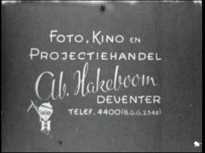 13136 BB02541 Prins Bernhard opent de naar hem vernoemde sluis bij Deventer.De film begint met de constructie van de ...