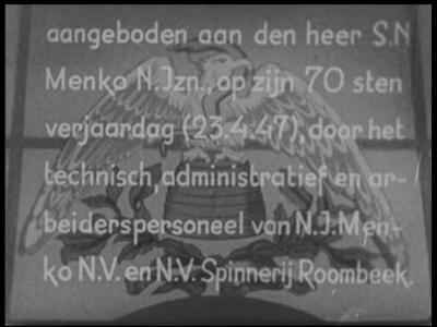 13184 BB03125 Samenvatting: Documentaire over het productieproces bij de textielfabriek N.J. Menko en Spinnerij ...