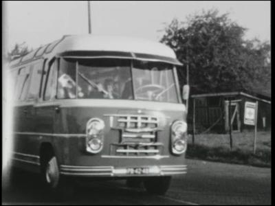 13404 BB01994 Een film rondom een reis van de K.N.K.S. (Koninklijke Nederlandse Katoen Spinnerij) te Hengelo, naar ...