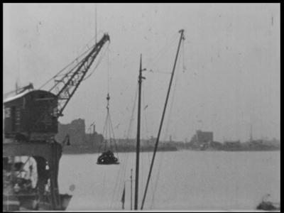 13451 BB02568 Samenvatting: Privé-opnames door G.W. Schweitzer uit Enschede van een vakantie langs de Rijn, met onder ...