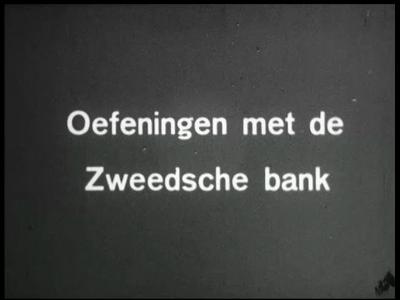 13517 BB00268 Een film van het Instituut voor Lichaamsontwikkeling te Enschede, met beelden van gymnastiekoefeningen, ...