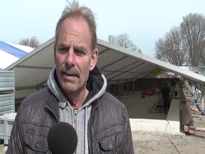14709 BB09541.05 De renovatie van het Openlucht bad in Zwolle opgenomen op 2 DVD's .Interview met Ron van den Berg ...