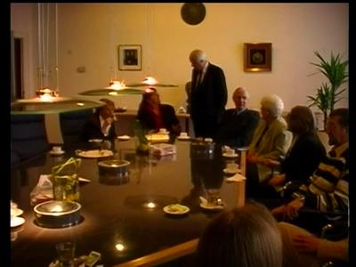 14770 BB09930 Een verslag van de buitengewone openbare vergadering van de gemeenteraad van Hengelo op 16 maart 2000, ...
