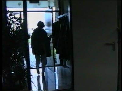 14778 BB10128.02 Een video rond een personeelsuitje van Onderzoek&Adviebureau HHM uit Enschede, waar het gezelschap een ...