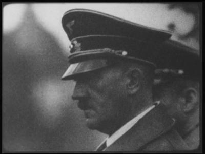 2513 BB03218 Samenvatting:Compilatie van Duitse filmjournaals uit de Tweede Wereldoorlog.Beschrijving:00.11.13 Hitler ...