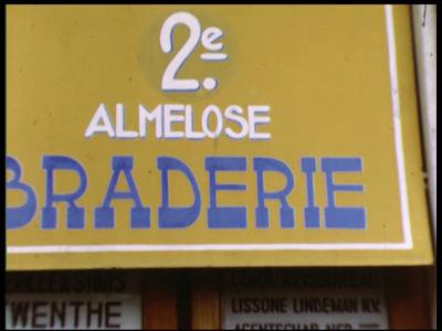 2624 BB04792 Beelden van de 2e Almelose Braderie, een 3 dagen durend evenement in de Almelose binnenstad., 1951-07-09