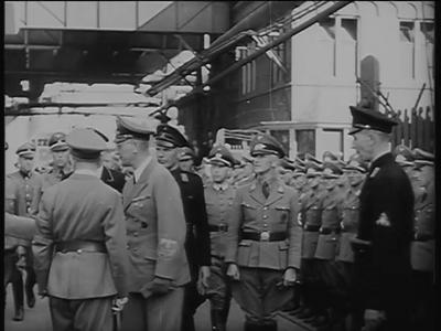 2709 BB06901 Samenvatting:Filmjournaals van Polygoon over een toespraak van Seyss-Inquart bij het fabrieksterrein van ...