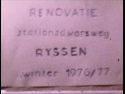 3656 BB03293 Een film rond de renovatie van de Stationsdwarsweg tijdens de winter van 1976-1977, met beelden van het ...