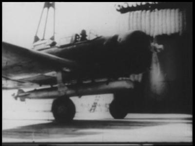 3689 BB03784 Samenvatting:Compilatie van filmjournaals over onder meer de Japanse aanval op Pearl Harbour op 7 december ...