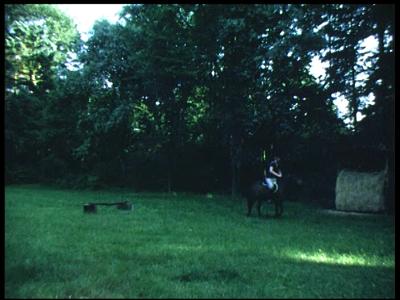 3930 BB09529 Een familiefilm van de familie Lamberts, met beelden van o.a.:- Pieter aan het paardrijden in Beekwoude;- ...
