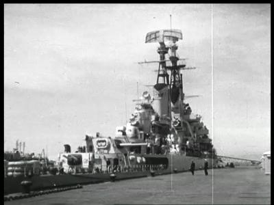 4368 BB05741 Deze ongemonteerde film vertoont beelden (van de radarapparatuur van de kruiser De Ruyter van de ...
