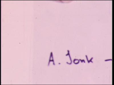 4465 BB07689 Een film met 4 korte filmpjes met daarin de volgende scene's:1.- De tekst '2 dagen later', 'De ...