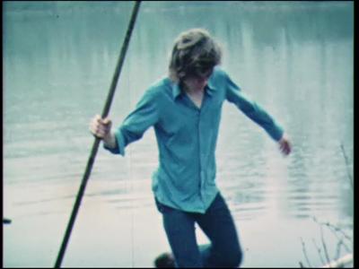 4468 BB07692 Een film rond de MTS te Deventer, met diverse beelden van o.a.:- Jongens in roeibootjes, waarbij één van ...