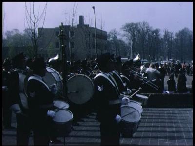 4792 BB03362 Een film met diverse onderwerpen,waaronder een reportage van de opening van het Provinciehuis te Zwolle ...