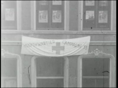 4796 BB03366 Een reportage rond een campagne van het Rode Kruis te Almelo, met beelden van o.a. een optocht van ...