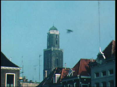4857 BB04307 Film van een stichtingsweekend in 1976, met beelden van de Peperbus, een samenkomst voor Odeon, scouts bij ...