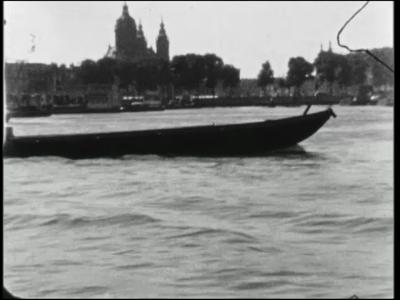 4882 BB04915 Bustochten met Schutte's Tours naar Amsterdam en plaatsen langs de Rijn in Duitsland.- Amsterdam. ...