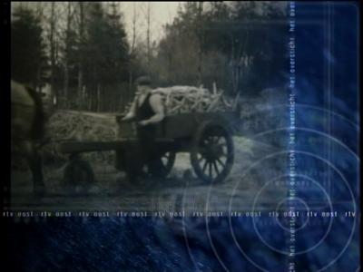 5843 BETACAM655 Een uitzending van de tv-rubriek Het Oversticht van RTV-Oost uit 2000 rondom proefboerderij Aver Heino, ...